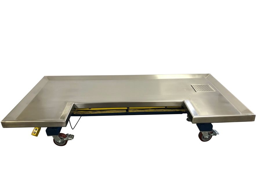 Large Animal Hydraulic Table lowered